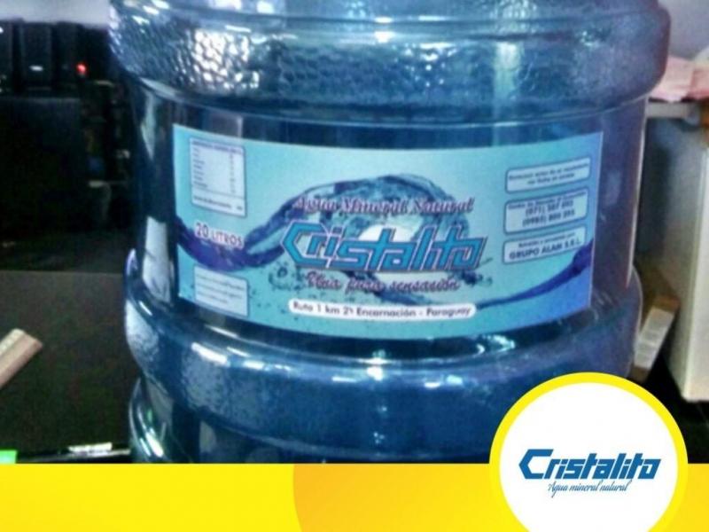 Agua Mineral Natural Cristalito