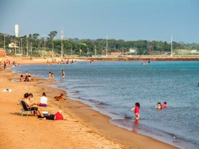 La Playa Pacu Cua serena lejos del ruído de la ciudad